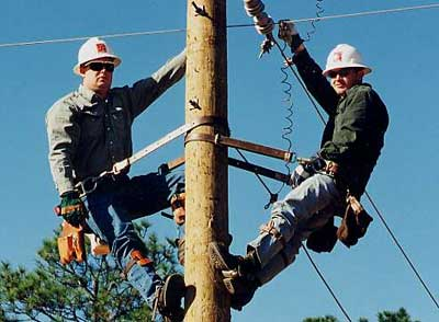 high voltage helicopter lineman salary with Articulo on Articulo in addition High Power Lineman besides
