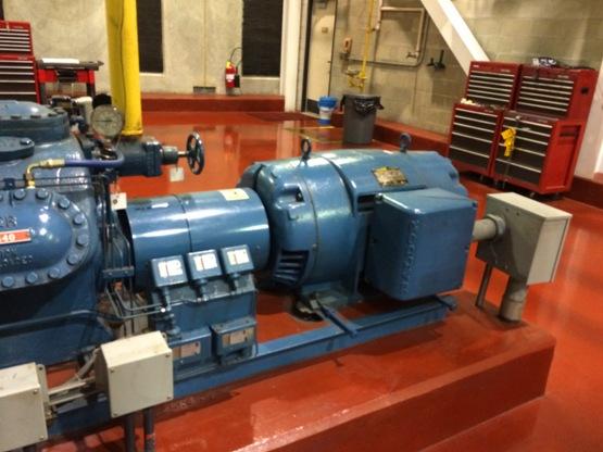 Sustituya los motores muy antiguos o que tengan varias reparaciones por motores normalizados para evitar una eficiencia menor.