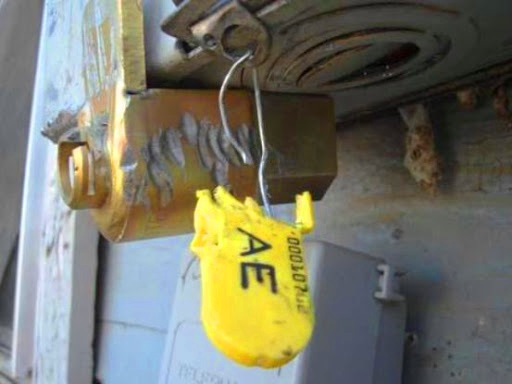 Manipulación de medidores (tanto de componentes mecánicos como eléctricos)