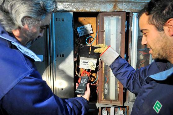 El robo de energía eléctrica y los daños que ocasiona, representa para las distribuidoras eléctricas argentinas una pérdida media del 5% de la energía comprada anualmente.