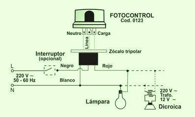 Conexión de una fotocélula de tres cables con zócalo.