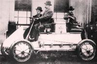 El vehículo híbrido de Porsche de 1901.