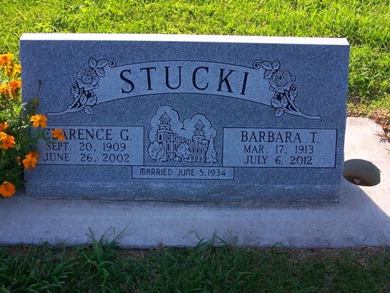 Al revisar los datos para la re publicación de este artículo en el nuevo formato de Afinidad Eléctrica, lamentamos enterarnos del fallecimiento del protagonista de esta historia, el habilidoso Clarence Stucki en el año 2002.