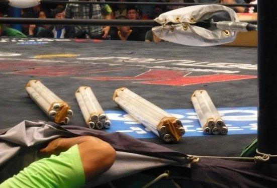 En sus primeros años, BJW no podía competir con los presupuestos de sus rivales.