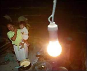 Tarifa social: Los planes de luz y gas barato para los pobres no funcionan.