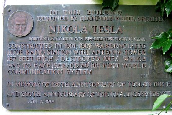 Apenas salido del Politécnico, Tesla trabajó en empresas de electricidad y telefonía de Hungría, Alemania y Francia.