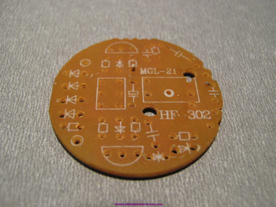 En la placa se puede observar la serigrafía con la posición de montaje de los mismos.