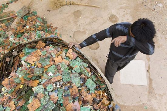 Volúmenes enormes de desechos electrónicos se embarcaban y se obtenían grandes ganancias.