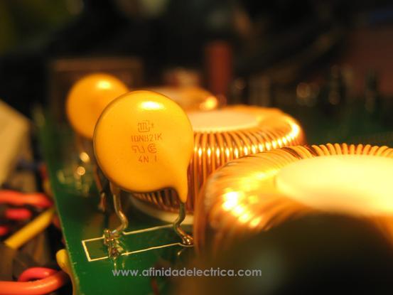 Varistores (MOV Metal oxid varistor)