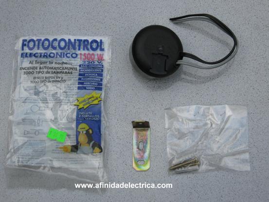 Para esta demostración utilizaremos un fotocontrol electrónico Kalop de 1500W.