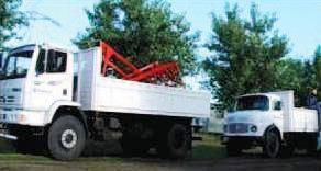 Camiones y acoplados para el transporte de los dispositivos de tendido y de los herrajes y preformados de la fibra óptica.