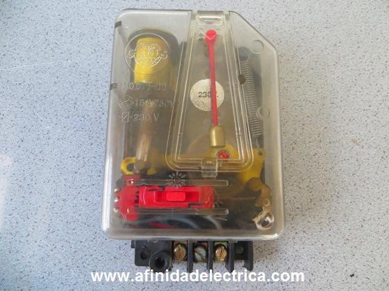 Los automáticos antiguos son electromecánicos