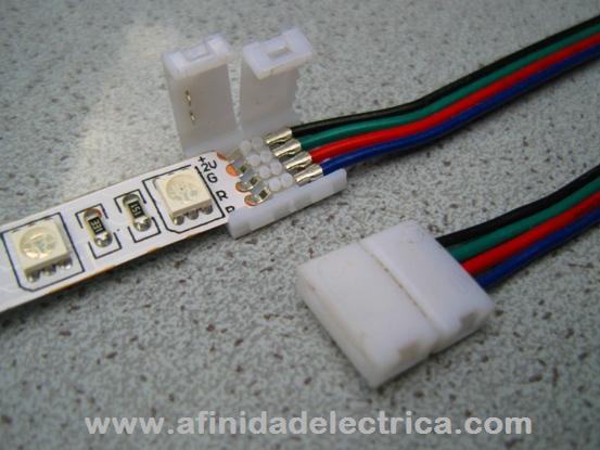 Para evitar las tareas de soldadura y reducir el cableado existen en el mercado gran variedad de accesorios que facilitan la instalación de tiras monocolor y RGB.