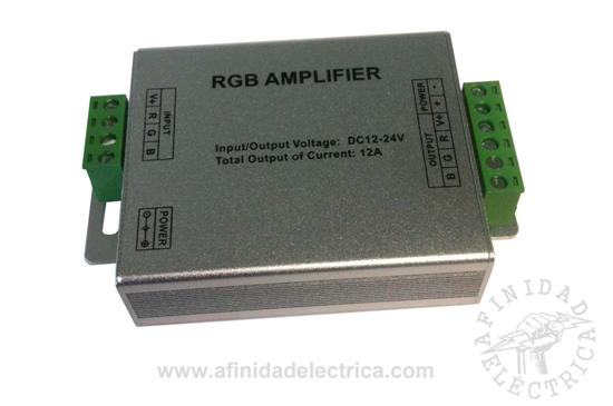 En el caso de que se utilicen tiras tipo RGB largas, se debe utilizar un amplificador.