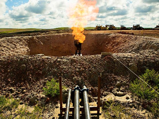 Las petroleras nacionales y los grupos internacionales han gastado decenas de miles de millones de dólares en adquirir recursos no convencionales en América del Norte.