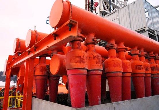 """La preocupación del público aumenta, y Francia y Bulgaria han prohibido la fractura hidráulica. """"La industria no reconoció con rapidez la preocupación de las comunidades"""", admitió Graeme Smith, vicepresidente del área en Shell."""