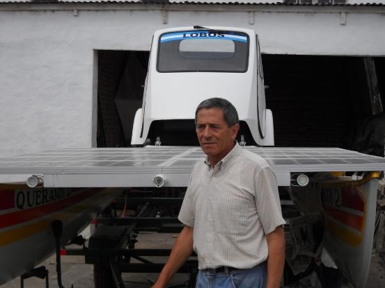 No hay forma de confundir la casa de Pedro Amando Vallejo, el hombre solar, con cualquier otra.
