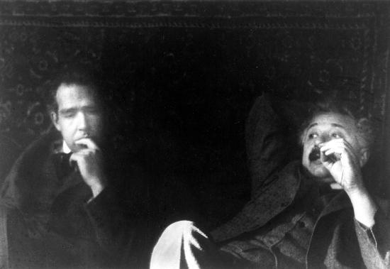 Albert Einstein y Stephen Hawking posiblemente sean los físicos más famosos del siglo XX, pero Niels Bohr fue sin duda el más influyente.
