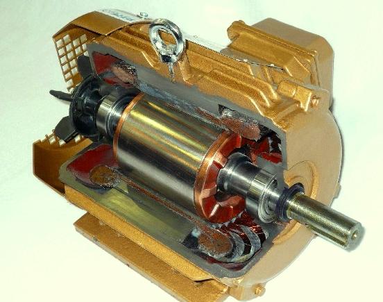 La industria de la fabricación de motores ha observando que reemplazar la estructura conductora de aluminio del rotor por cobre incrementaría la eficiencia en energía eléctrica del motor.