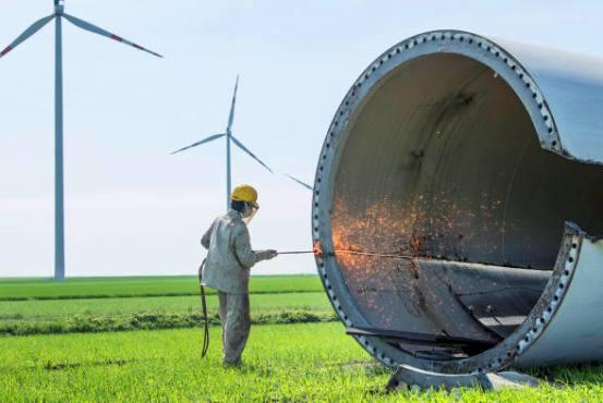 Uno de los mayores inconvenientes de los aerogeneradores es el llamado 'hueco de tensión'.