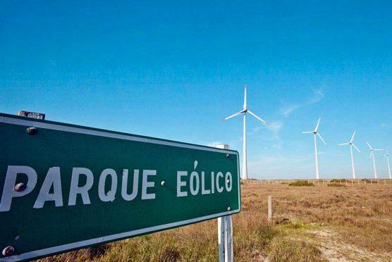 La explotación de esta energía del movimiento del aire es, dentro de las fuentes energéticas renovables, la que mayor incremento ha experimentado durante los últimos años.