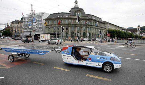 Esto equivale al consumo de 0,8 litros de gasolina por cada 100 kilómetros de un automóvil convencional.