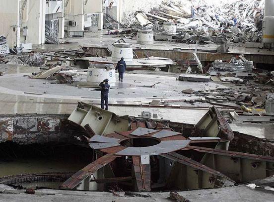 El 17 de agosto de 2009, a las 8:15 hora local (00:15 GMT), la sala de turbinas de la mayor central hidroeléctrica de Rusia, la Sayano-Shúshenskaya quedó inundada.