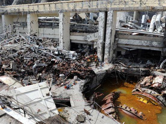 El accidente que ha puesto fuera de funcionamiento a la mayor central hidroeléctrica de Rusia, la Sayano-Shúshenskaya, ubicada en el río Yeniséi, ha causado ya 69 muertes.