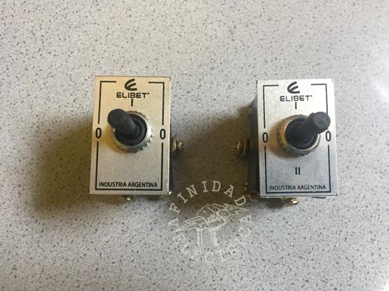 Para la selección de bombas, utilizaremos una llave conmutadora Elibet 206 tipo interruptor a palanca con punto medio.
