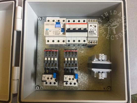 El primer paso al construir un tablero es el diseño del espacio y la ubicación de los componentes.