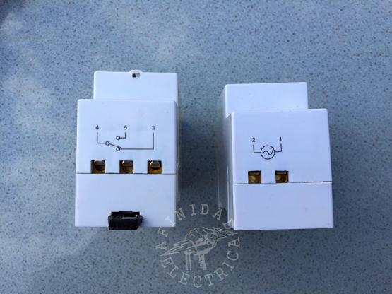 Conexión de un interruptor horario Interelec TS-GE2