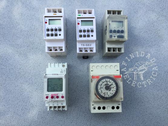 Para tablero o modular: Se instalan fijos sobre riel DIN en gabinetes eléctricos y presentan la ventaja de permitir el acceso a los tres contactos del relay de salida (NA, NC y común) por lo que las posibilidades de control se multiplican.