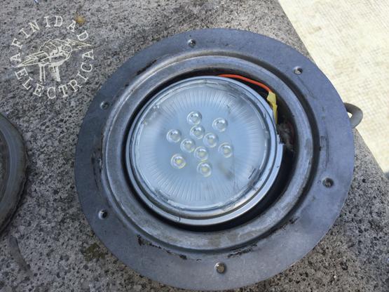 Para la conexión podremos utilizar la misma bornera a tornillos o realizar una soldadura y aislación con tubo termocontraíble para mejor rendimiento.